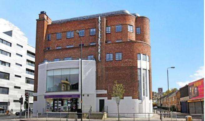 3 Bedrooms Flat for sale in Trafalgar Road Greenwich SE10