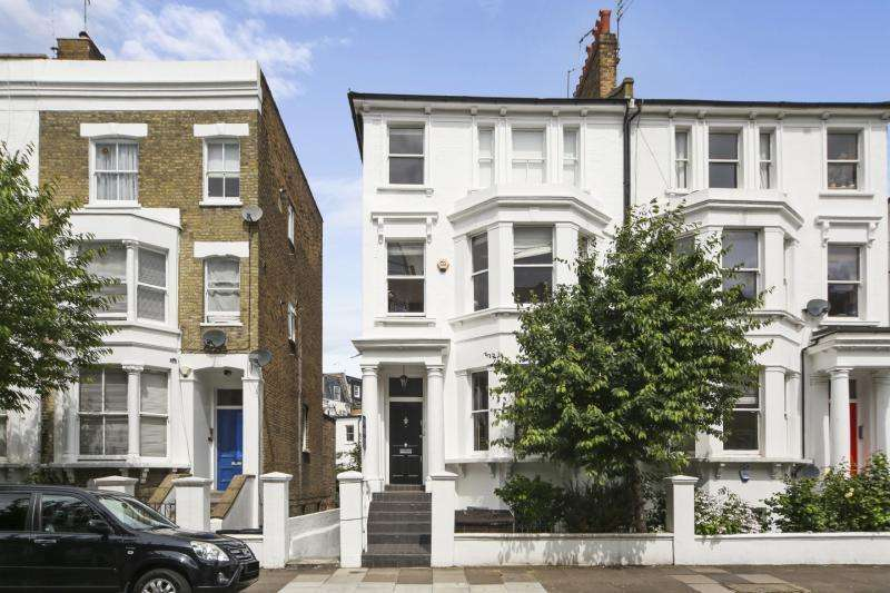 2 Bedrooms Flat for sale in Netherwood Road, Brook Green, London, W14