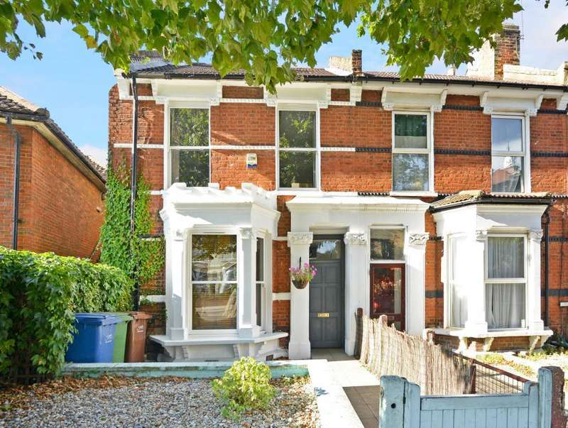 2 Bedrooms Flat for sale in Grove Vale, East Dulwich, London, SE22