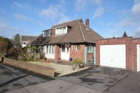 3 Bedrooms Semi Detached Bungalow for sale in Wellington Hill West, Henleaze, Bristol BS9 4QP