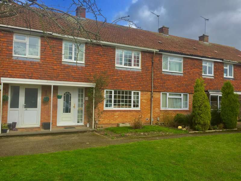 3 Bedrooms Terraced House for sale in Phoenix Avenue, Wokingham, Berkshire, RG40 1PS