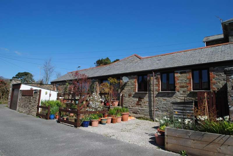 2 Bedrooms Bungalow for sale in Berry Towers, Bodmin
