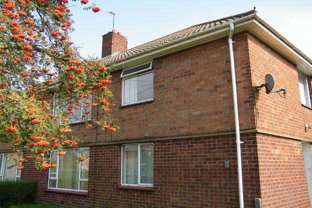 2 Bedrooms Flat for sale in Winchester Road, Wainfleet, Skegness, PE24