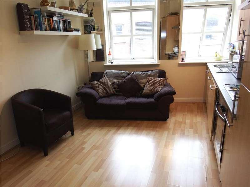 1 Bedroom Flat for sale in Kirkgate, Leeds, West Yorkshire, LS2