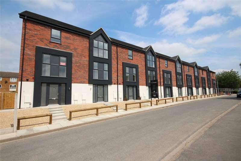 4 Bedrooms Terraced House for sale in The Park, St Botolph's Crescent, LN5
