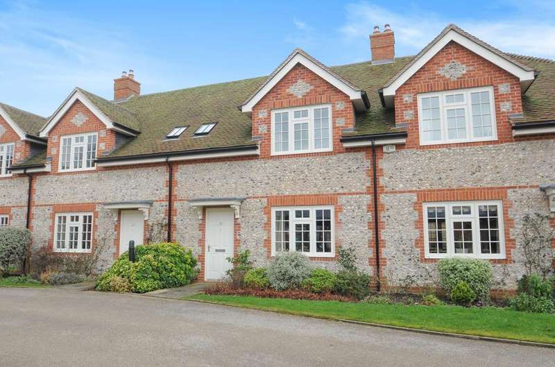 2 Bedrooms House for sale in Chantry Hall, Westbourne, PO10