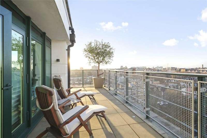 2 Bedrooms Flat for sale in Warren House, Beckford Close, Warwick Road, London, W14