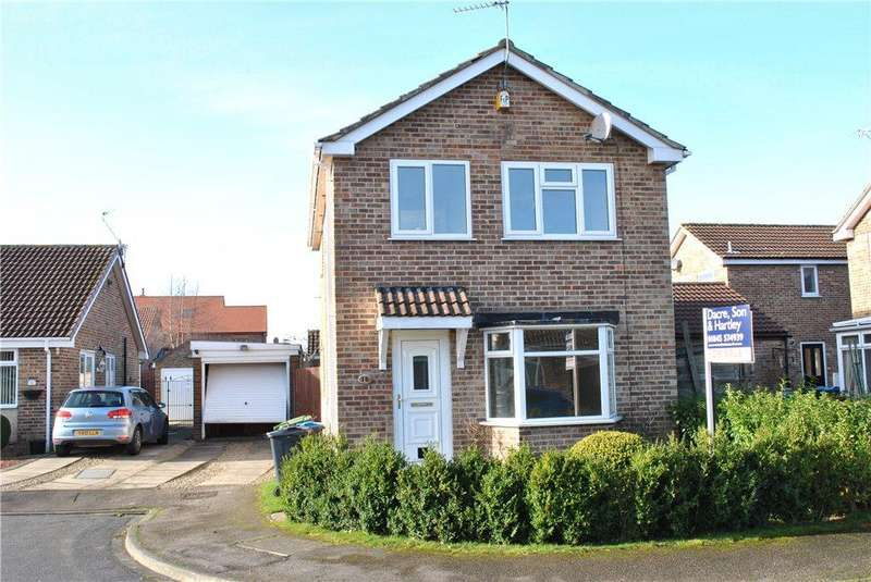 3 Bedrooms Detached House for sale in Alexander Close, Thirsk