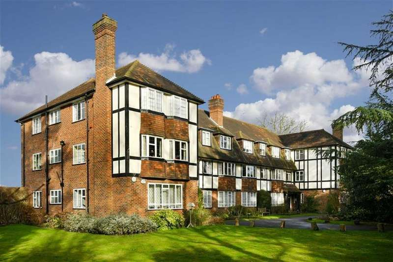 2 Bedrooms Flat for sale in Purberry Shot, West Ewell, Surrey