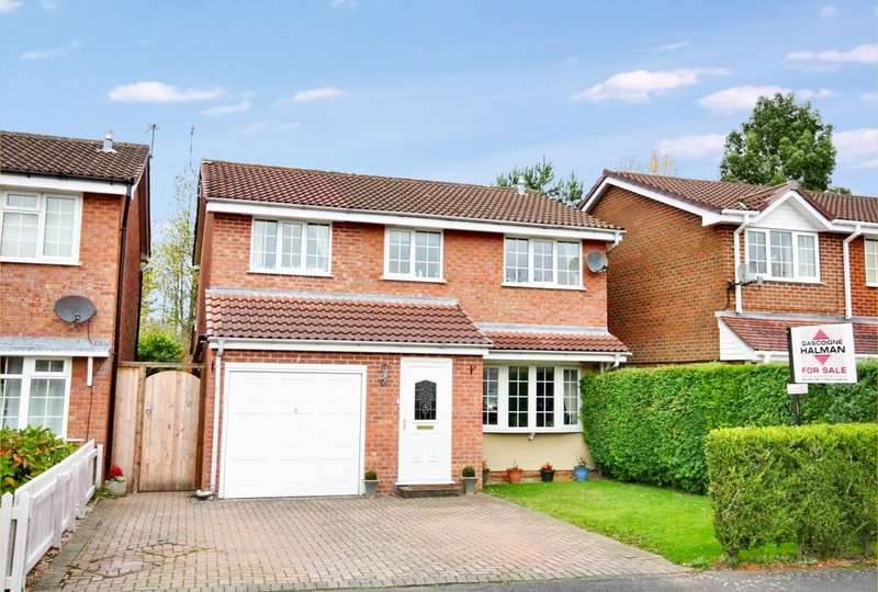 4 Bedrooms Detached House for sale in Mainwaring Drive, Wilmslow