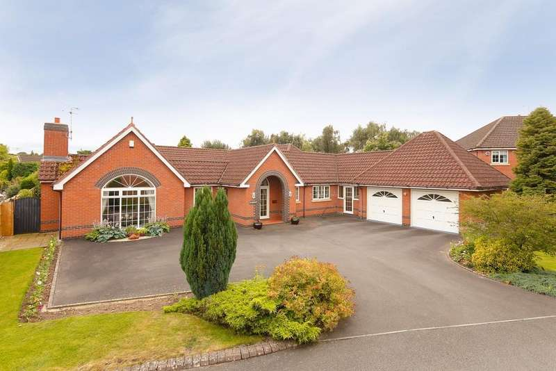 4 Bedrooms Detached Bungalow for sale in Mount Fields, Bangor-on-dee