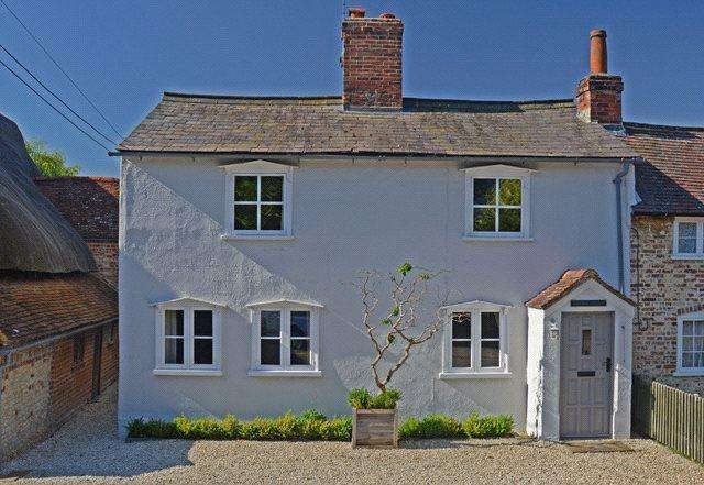 2 Bedrooms Semi Detached House for sale in The Street, Ewelme, Wallingford, OX10