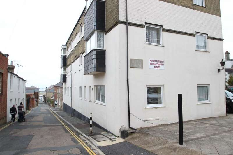 1 Bedroom Ground Flat for sale in Hawk House, Ryde