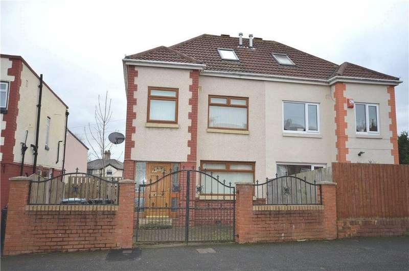 4 Bedrooms Semi Detached House for sale in Green Lane, Beeston, Leeds