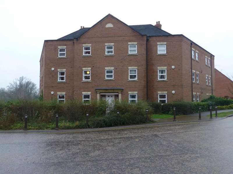 2 Bedrooms Apartment Flat for sale in Rumbush Lane, Dickens Heath