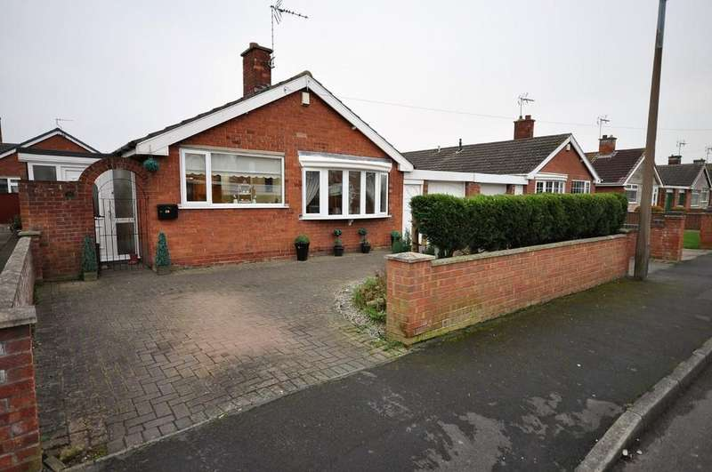 3 Bedrooms Detached Bungalow for sale in Newfields Avenue, Moorends, Doncaster