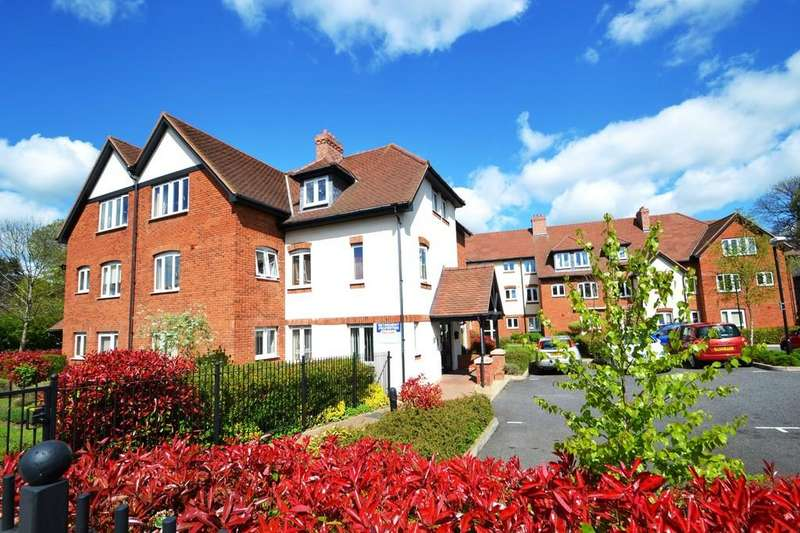 1 Bedroom Ground Flat for sale in Holme Oaks Court, Cliff Lane, Ipswich, Suffolk