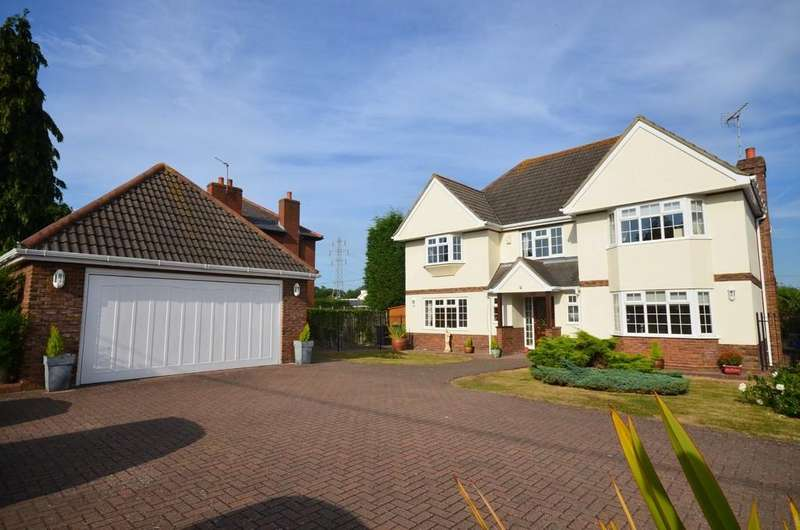 5 Bedrooms Detached House for sale in Broad Street Green Road, Great Totham