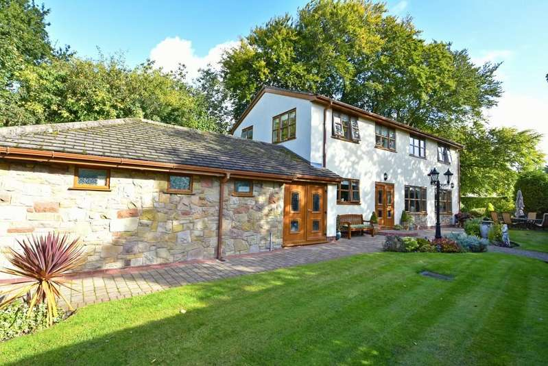 4 Bedrooms Detached House for sale in Smithy Lane, Aughton