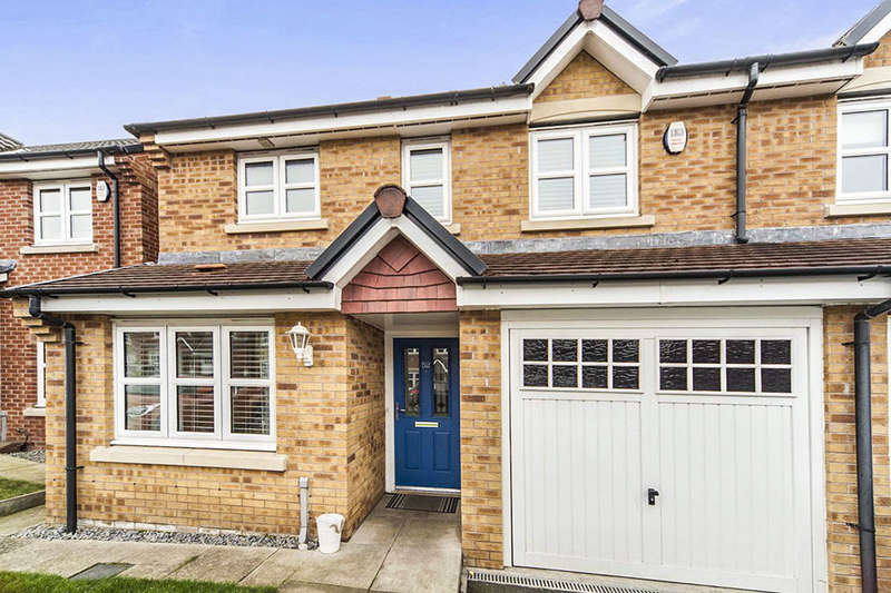 3 Bedrooms Semi Detached House for sale in Southside Gardens, Sunderland, SR4