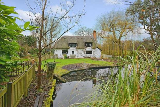 4 Bedrooms Detached House for sale in The Old Fox, School Lane, Bricket Wood, Hertfordshire