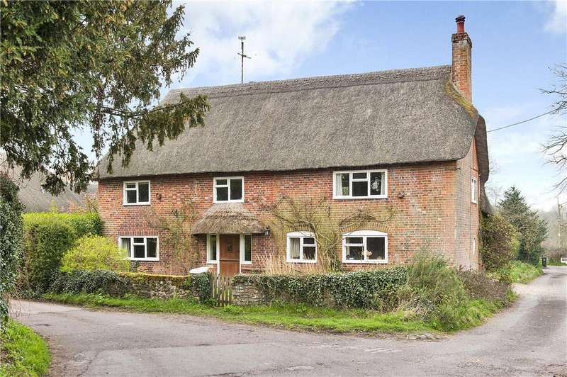 3 Bedrooms Detached House for sale in Church Road, Woodborough, Pewsey, Wiltshire, SN9