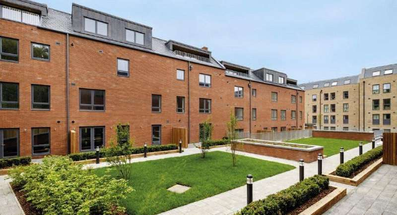 1 Bedroom Penthouse Flat for sale in A14, Shandon Gardens, 13 A/ 4 Primrose Terrace, Edinburgh, Midlothian