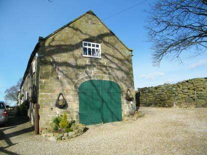 4 Bedrooms Barn Conversion Character Property for sale in Hawthorn Hill, Whitby, North Yorkshire