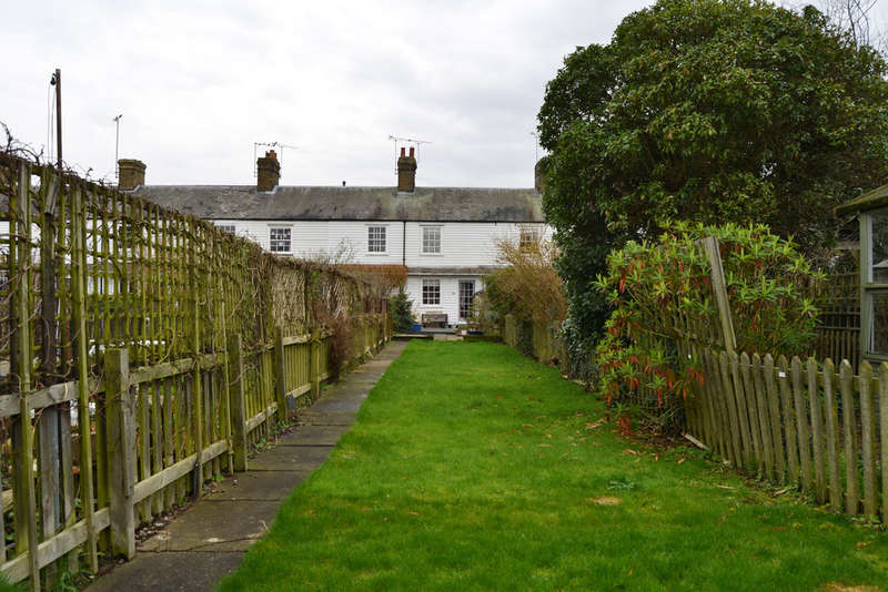 2 Bedrooms Terraced House for sale in Granville Terrace, Burnham-on-Crouch