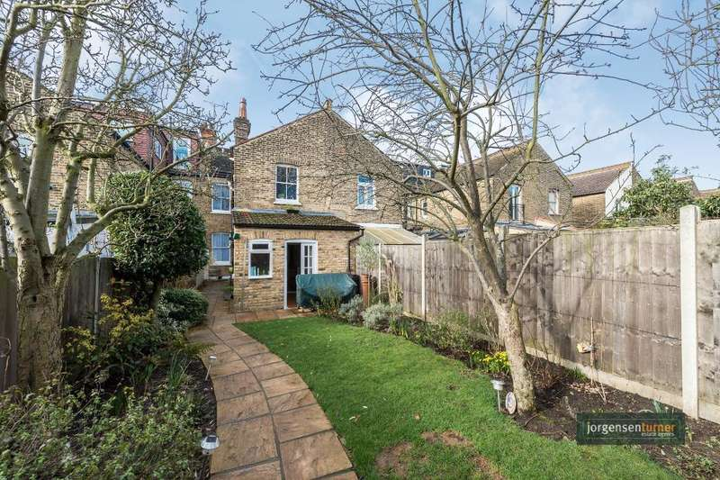 2 Bedrooms Ground Flat for sale in Hanover Road, London, NW10 3DS