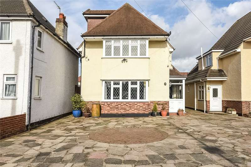 4 Bedrooms House for sale in The Fairway, Ruislip, Middlesex, HA4