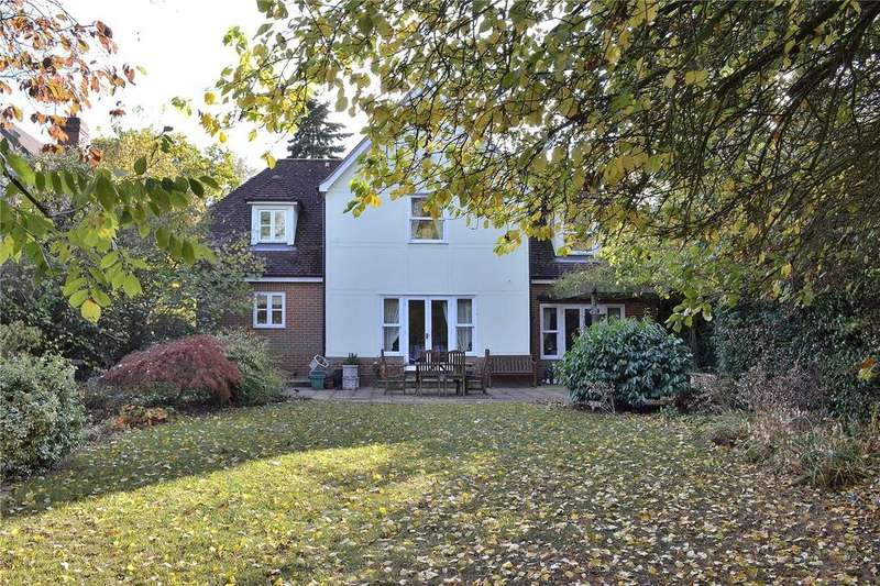 5 Bedrooms Detached House for sale in The Laurels, Queenborough Lane, Braintree, Essex