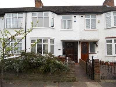 3 Bedrooms Terraced House for sale in Wickham Road, Harrow Weald