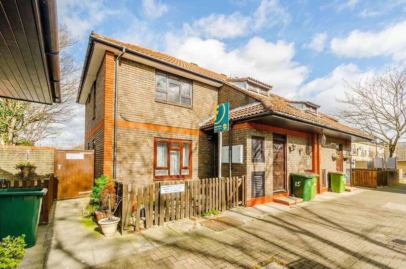 1 Bedroom Flat for sale in Newton Road, Stratford, E15