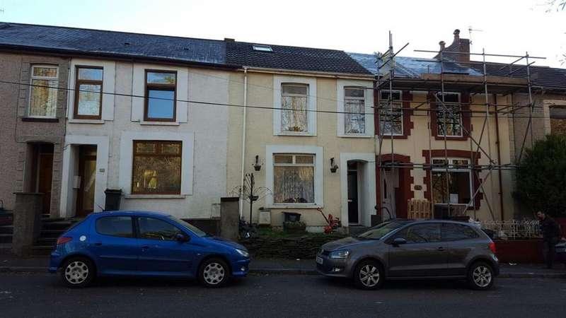 2 Bedrooms Terraced House for sale in 4 Bryn Terrace, Melincourt, Neath