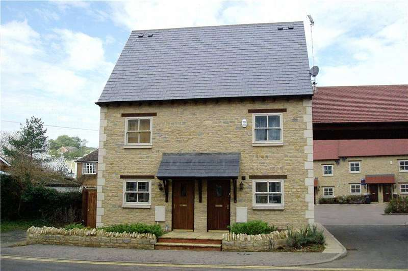 3 Bedrooms Semi Detached House for sale in London Road, Wollaston, Northamptonshire