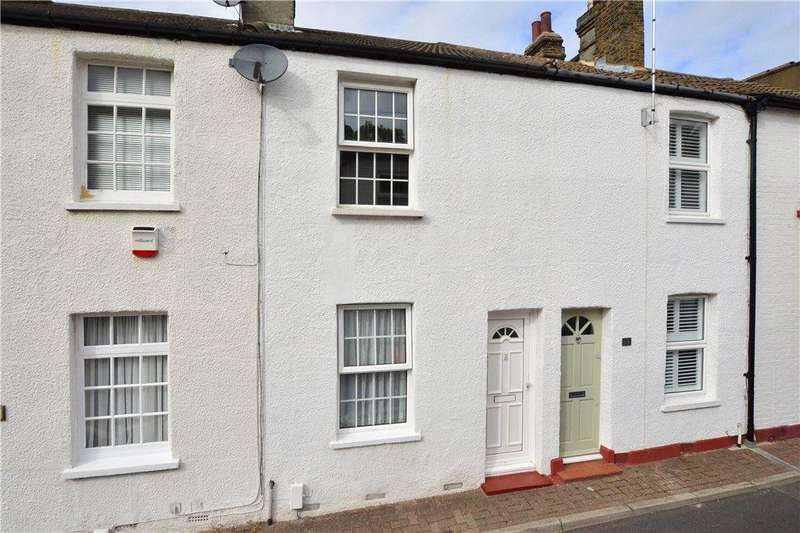 2 Bedrooms Terraced House for sale in Victoria Road, Chislehurst, Kent, BR7
