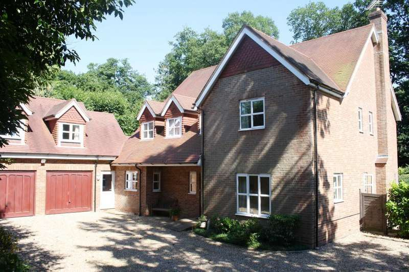 6 Bedrooms Detached House for sale in London Road, Hill Brow, Hampshire, GU33