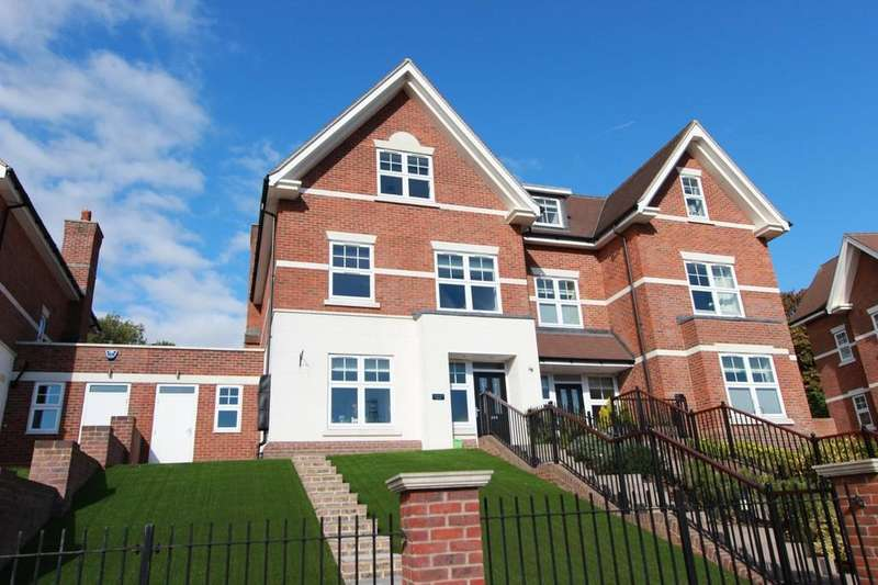 4 Bedrooms Town House for sale in St. Monicas Road, Kingswood