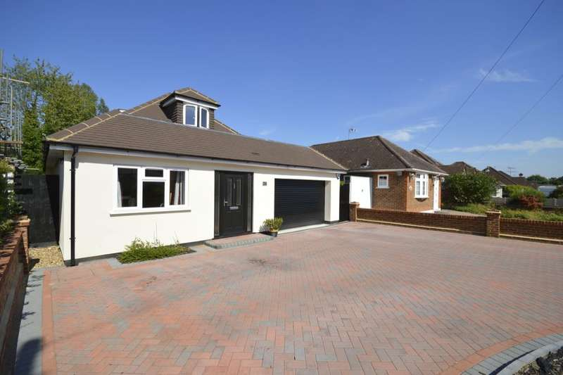 4 Bedrooms Detached Bungalow for sale in Hazel Road, Park Street, St. Albans, AL2