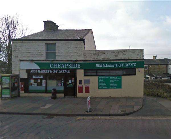 4 Bedrooms Commercial Property for sale in Padiham Road, Burnley