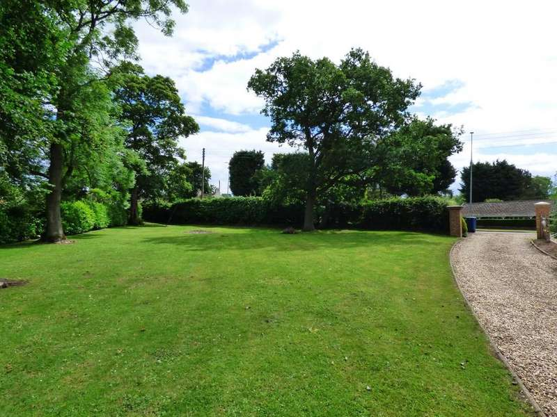 Land Commercial for sale in Nettleton Road, Caistor