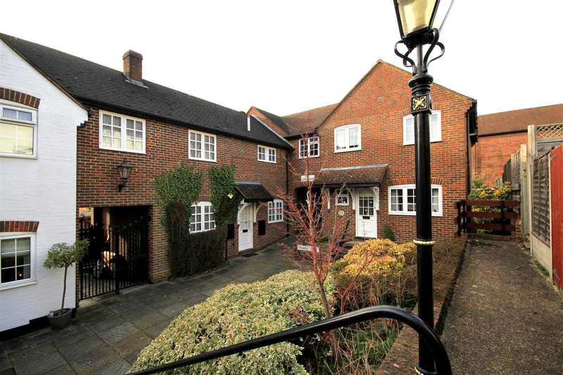 3 Bedrooms House for sale in 3 BED MEWS STYLE PROPERTY in Archway Court , Chapel Street, Hemel Hempstead
