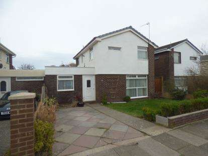 3 Bedrooms Detached House for sale in Thornbeck Avenue, Hightown, Merseyside, England, L38