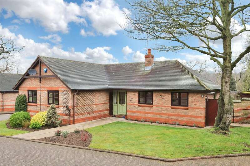 3 Bedrooms Detached Bungalow for sale in Bracken Hill, Newtown Linford, Leicester