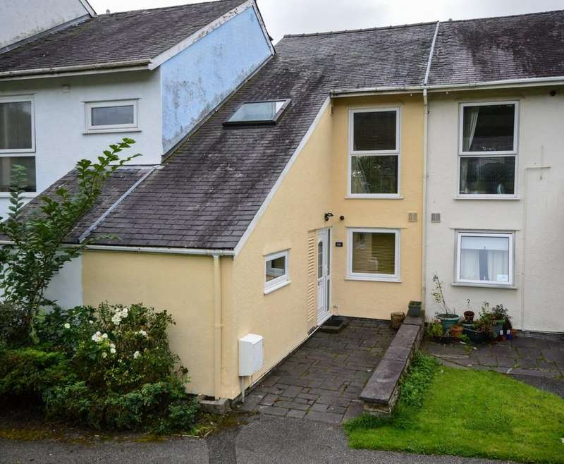 3 Bedrooms Terraced House for sale in Ffordd Garnedd, Y Felinheli North Wales