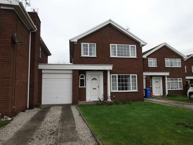4 Bedrooms Detached House for sale in Vincent Close, Rhyl