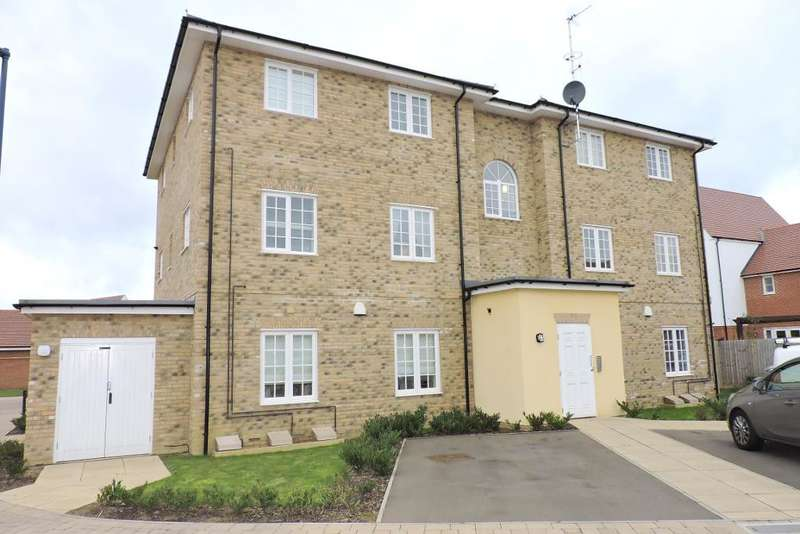 2 Bedrooms Flat for sale in Lakeside Way, Wixams, Bedfordshire, MK42 6DG