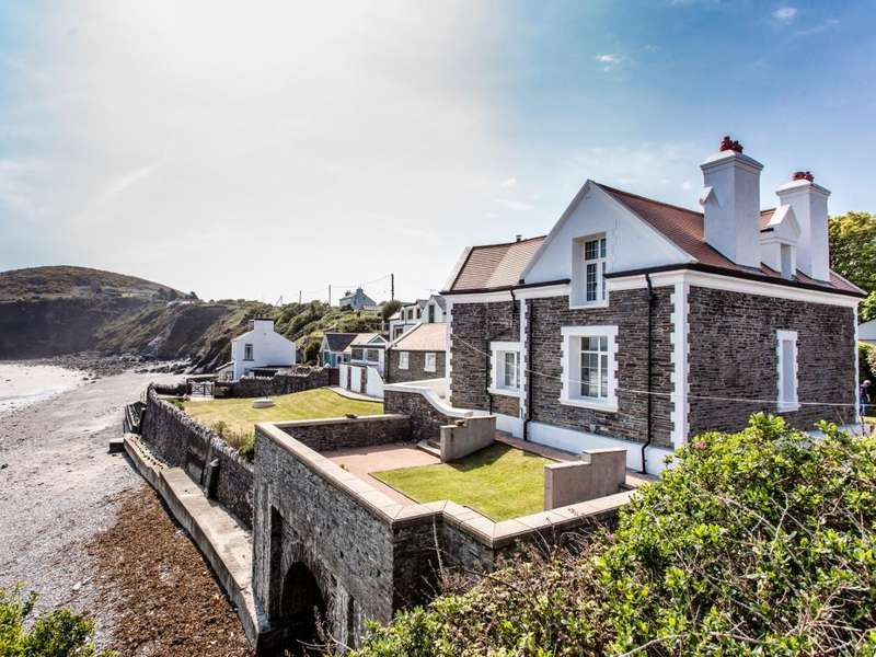 4 Bedrooms Detached House for sale in Church Road, Maughold, IM7 1AP