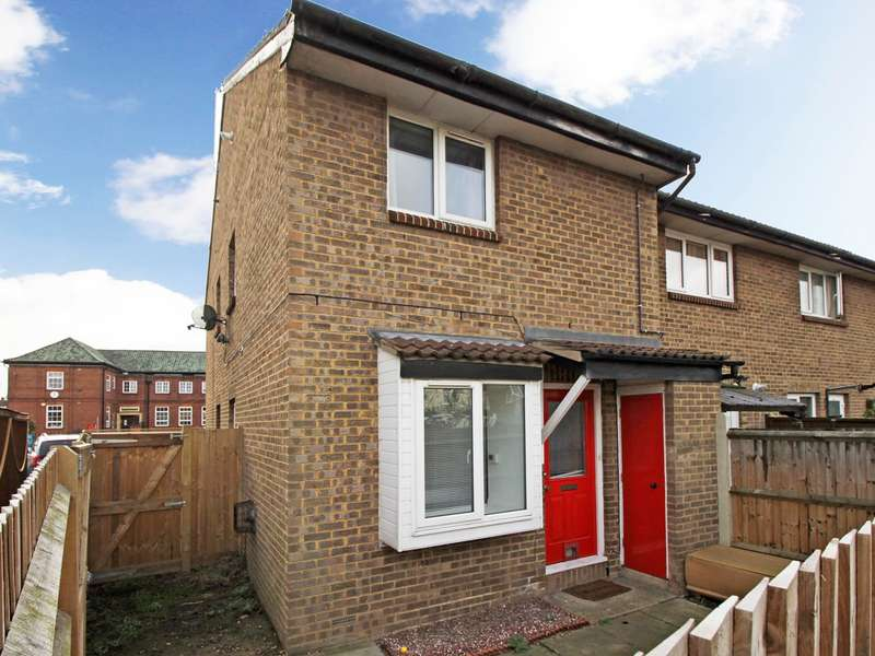 1 Bedroom End Of Terrace House for sale in Shirley Crescent, Beckenham, BR3